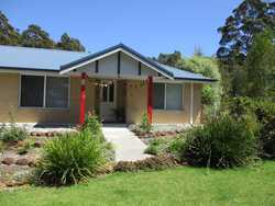 Large home with adjoining granny flat close to town
